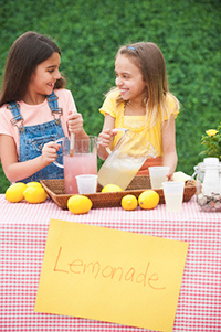 lemonade stand kids with fluoridated water